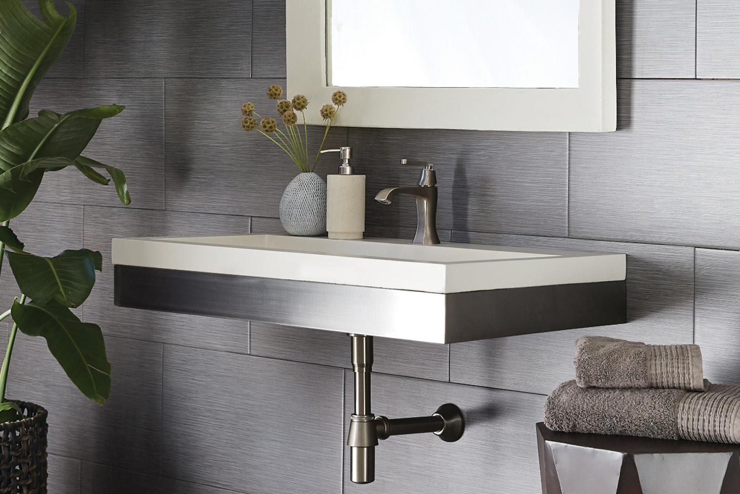"""Zaca is handcrafted from 304 grade stainless steel and is available in 36"""" and 48"""" sizes, making it suitable for universally designed bathrooms in residential, contract and hospitality spaces."""