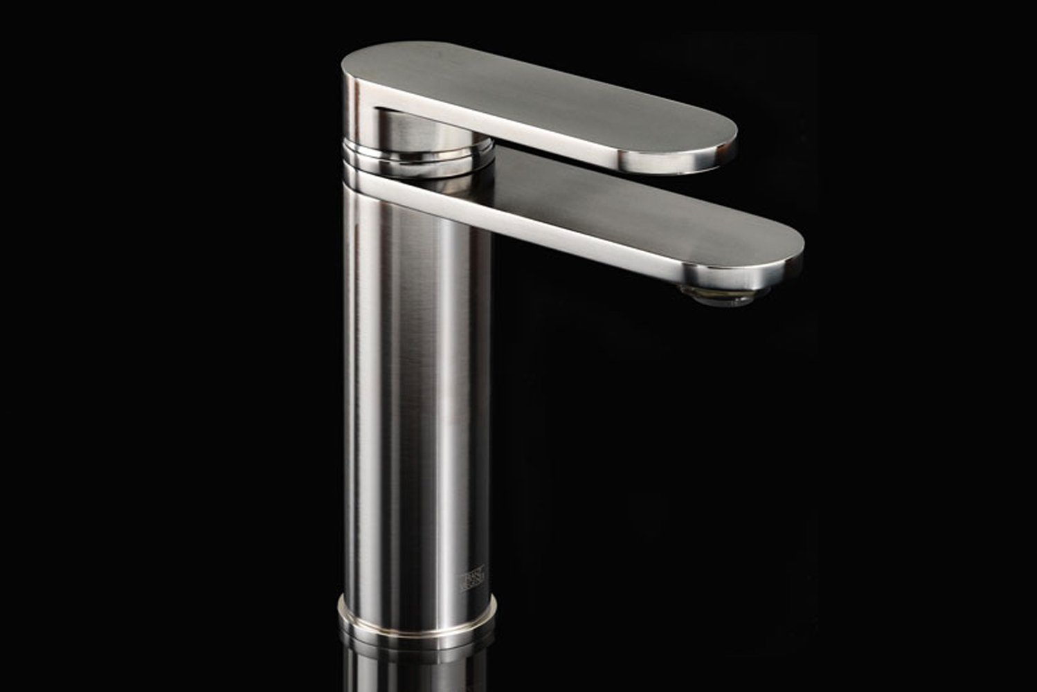 Introducing Seven, the newest addition to Franz Viegener's collection of sculptural bath fittings.