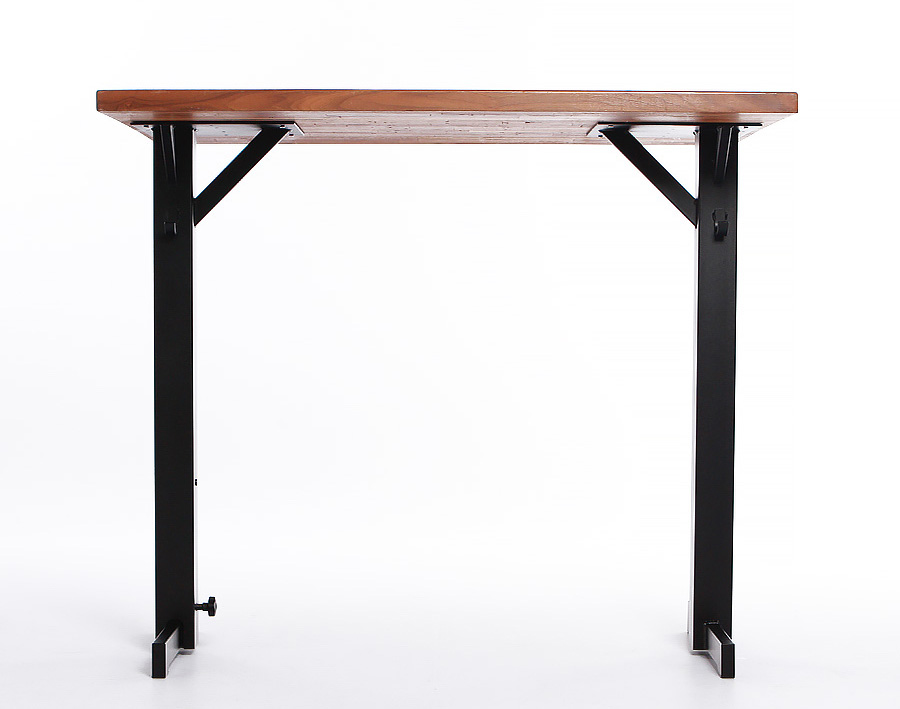 The T-Base model is suitable for bars or dining areas.