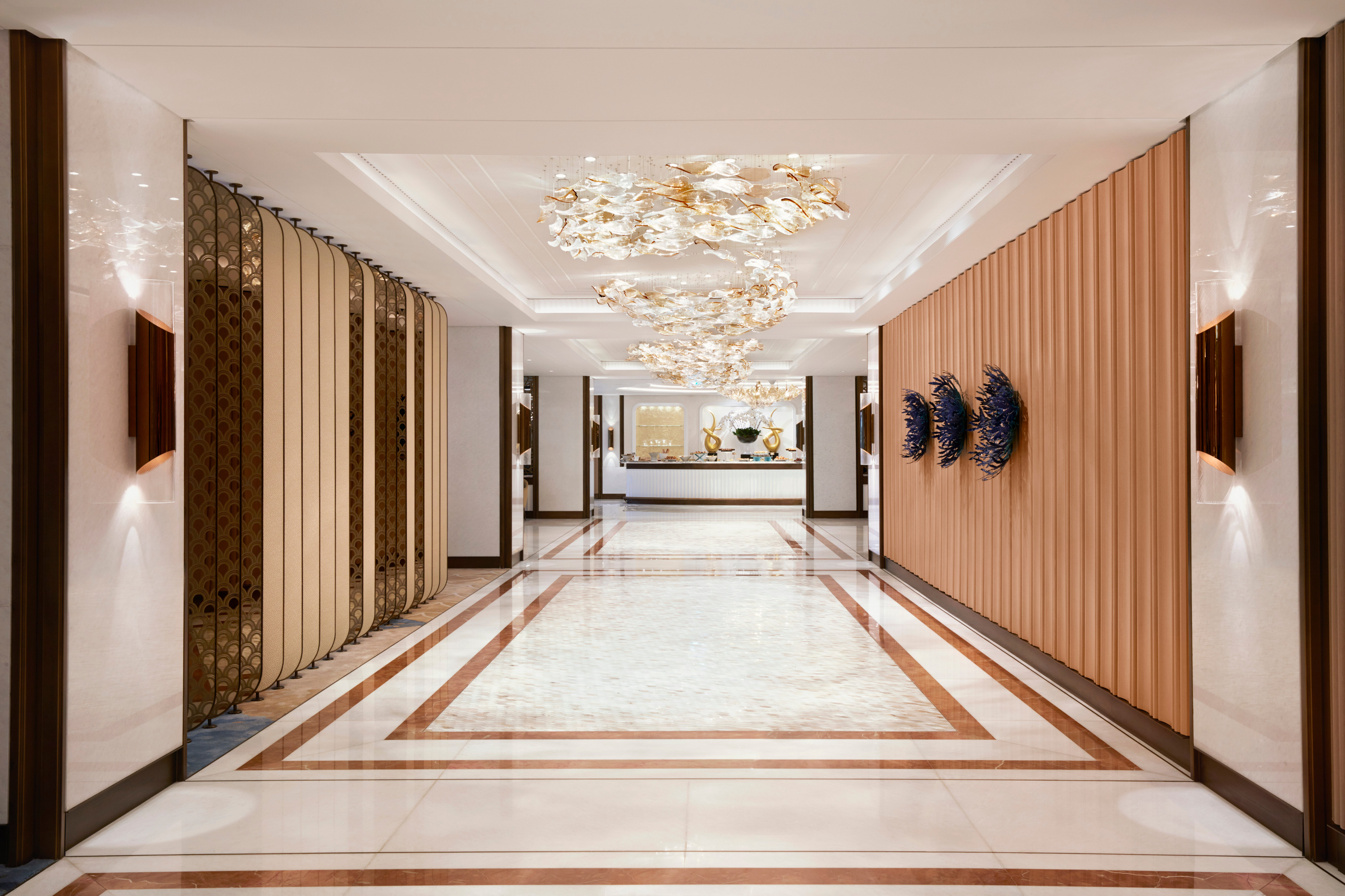 The hotel's Imperial Club service has relaunched with a brand new 3,091-square-meter lounge in the East Tower.