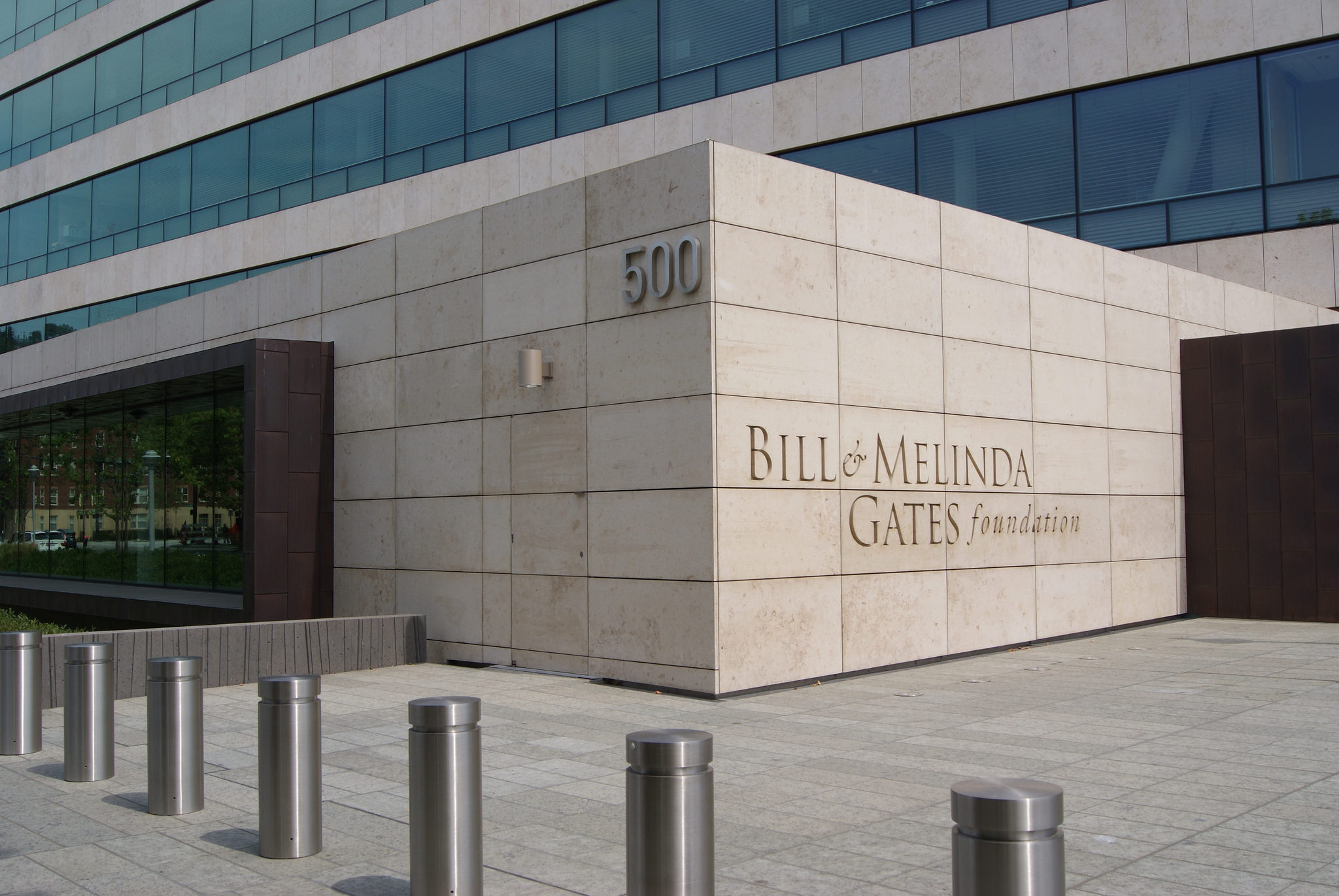 gates foundation research papers The gates foundation spends about $900 million a year on its global health programs, mostly on research that results in roughly 1400 research papers a.