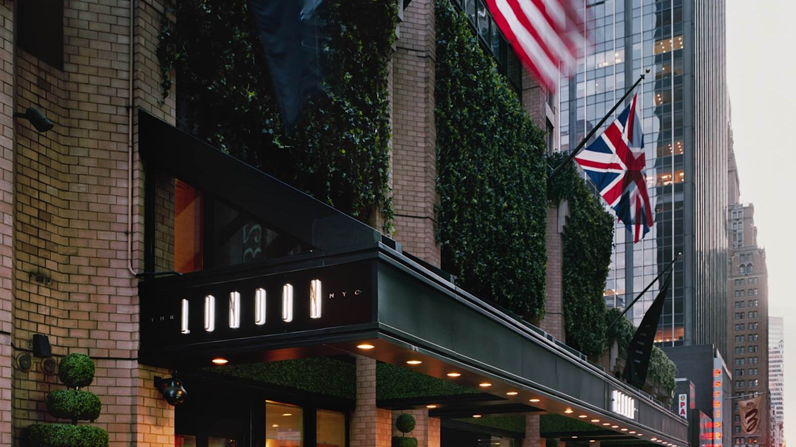 Conrad Hotels Resorts To Manage Rebrand The London Nyc Hotel Management
