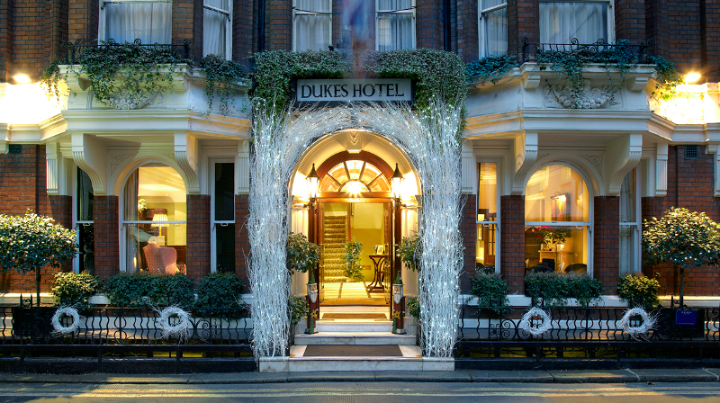 Dukes London Offers Guests Holiday Events This Christmas