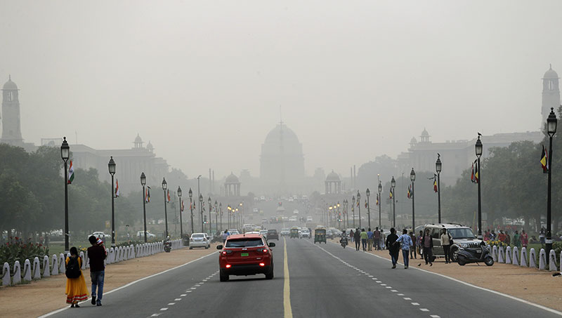 flights resume to new delhi after smoke situation  dmc