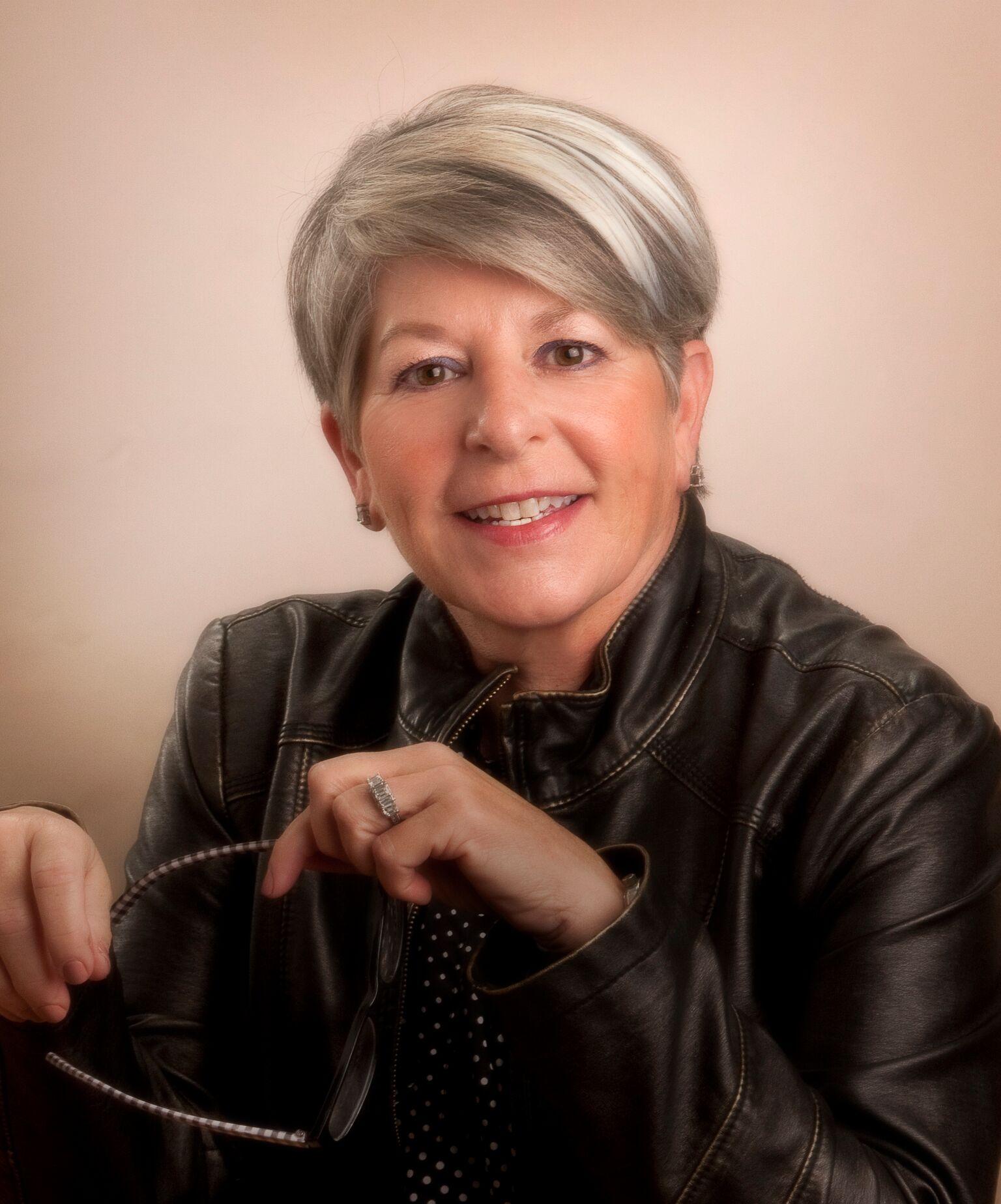 Patti Biro Headshot