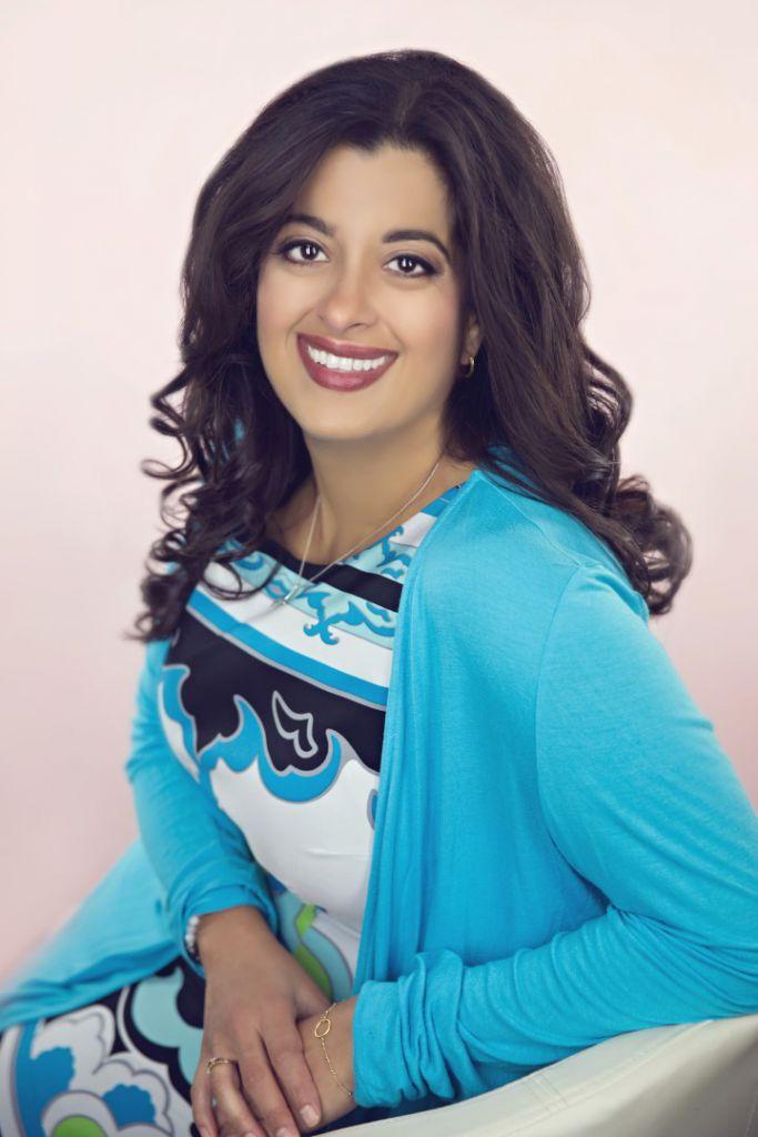 head shot photo of Seema Khosla