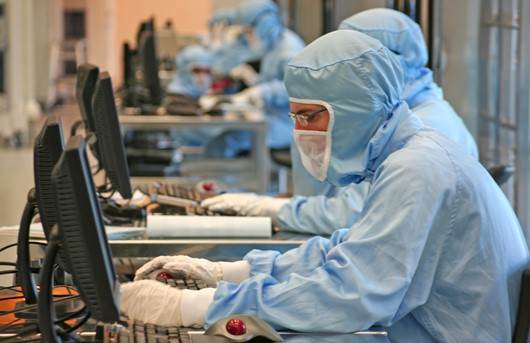 STMicroelectronics reports sharp uptick in auto and microcontrollers