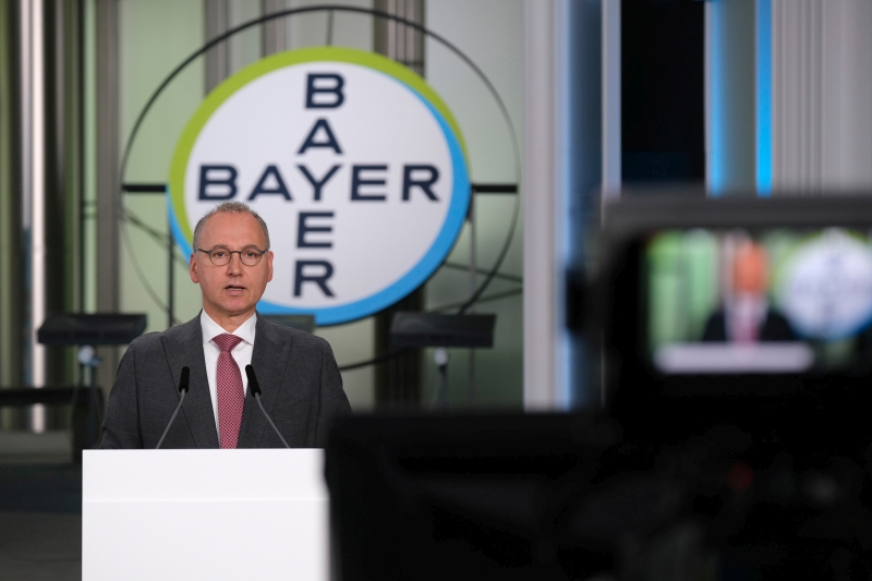 Bayer Ceo Redeems Himself By Winning Investor Backing As Chairman