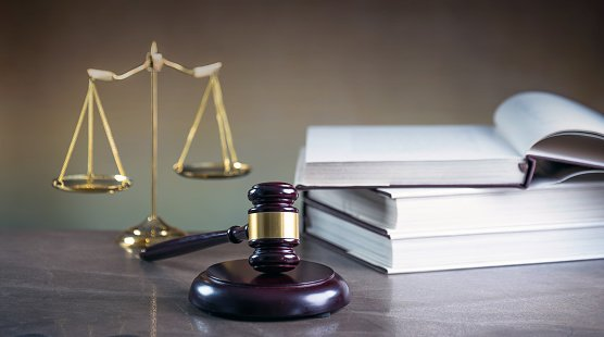 Ericsson slings a lawsuit at Samsung over patent infringements and royalty payments | FierceTelecom