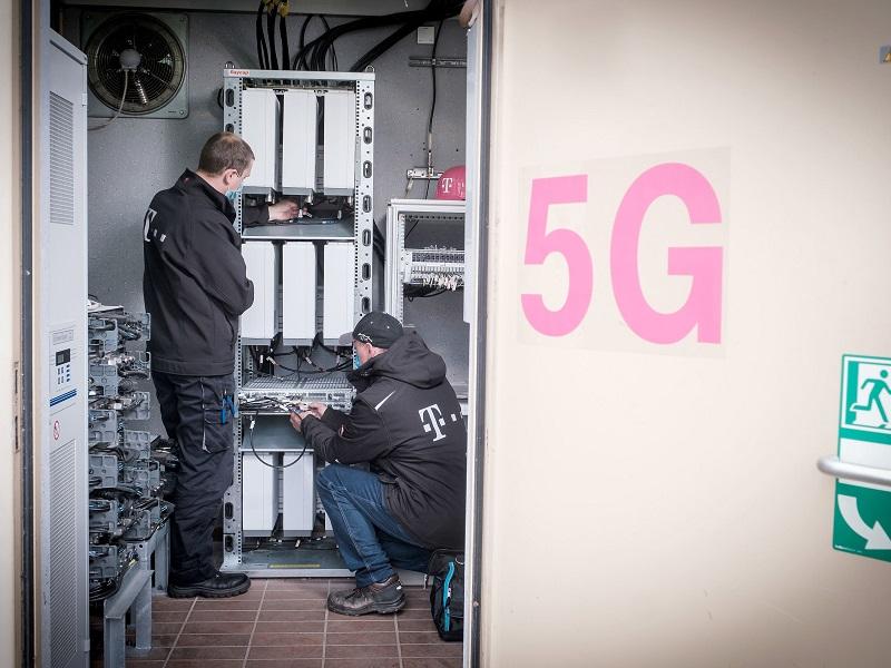 Deutsche Telekom updates 15K antennas to 5G