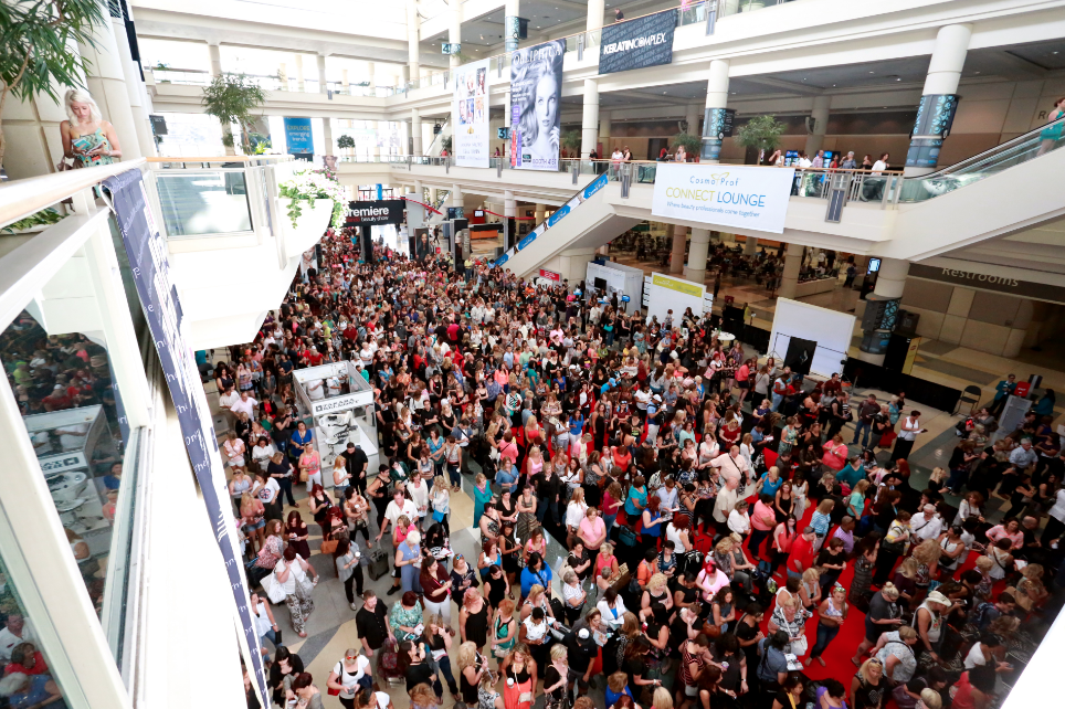 #PremiereOrlando, this is how a big beauty show gets started. (Image Premiere Orlando)