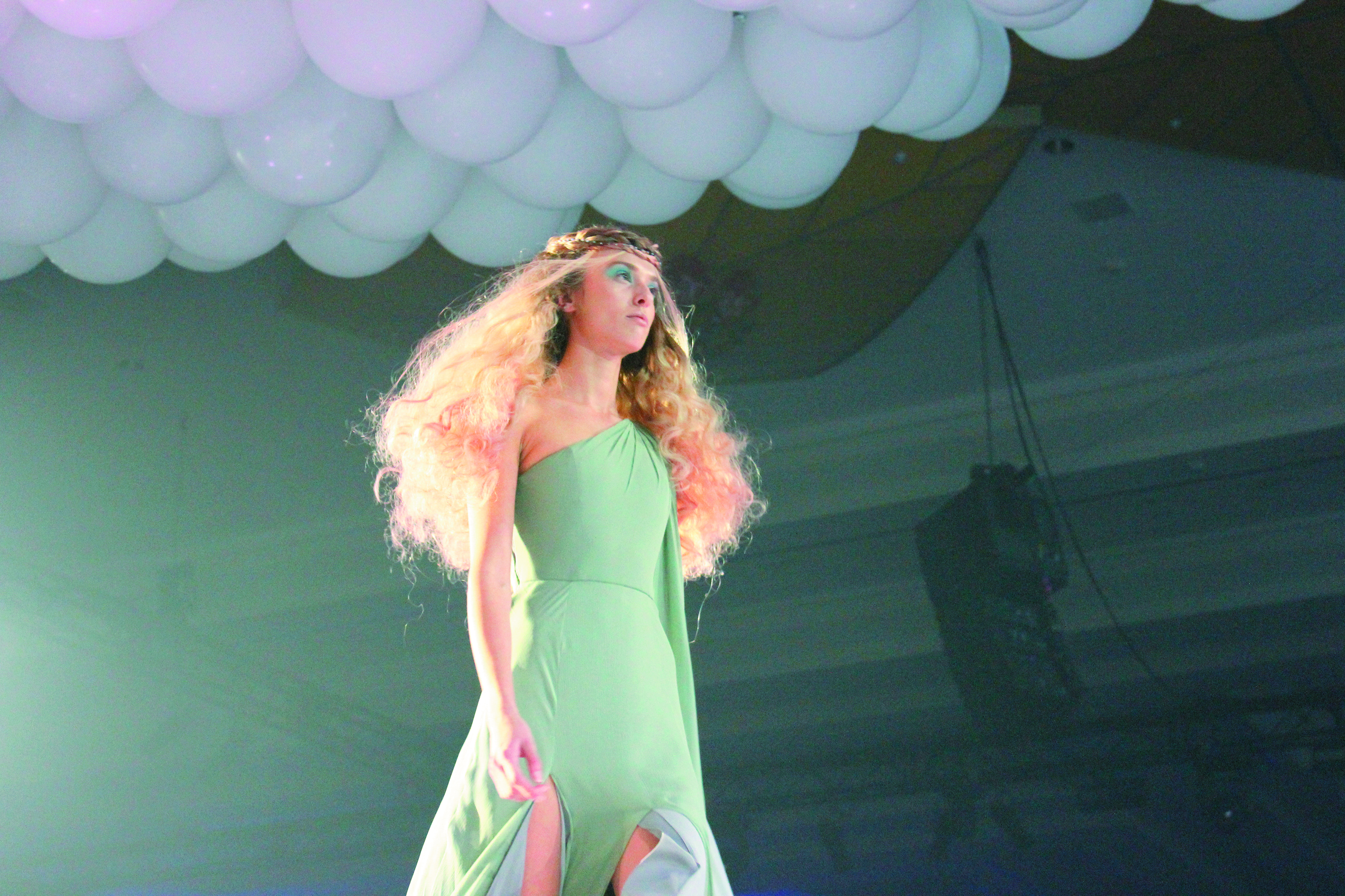 The opening night presentation featured four segments designed to entice hairdressers to imagine all they can be.