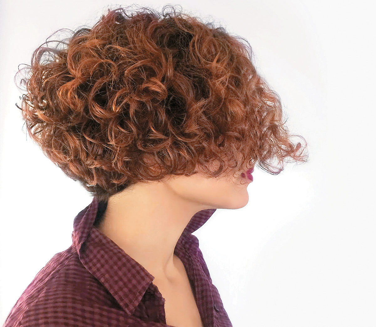 Bobs can be curly, Mike Varela @thekingly_hairgroup