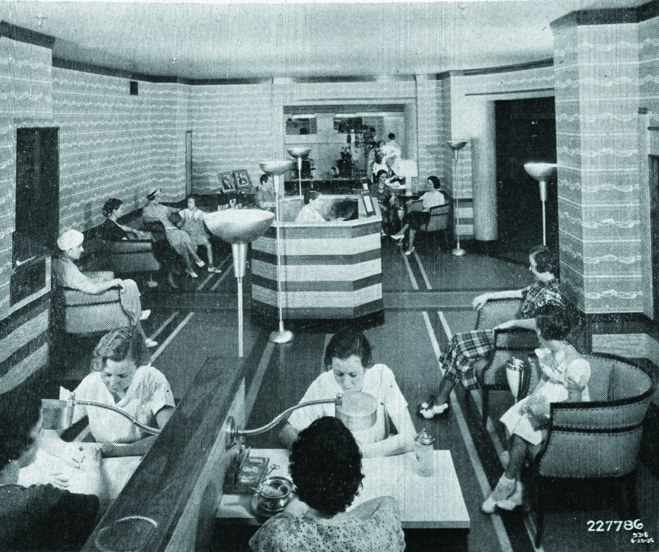 The Beauty Salon of Boggs and Buhl Department Store in Pittsburgh, PA grew its clientele with the help of an air conditioning system.