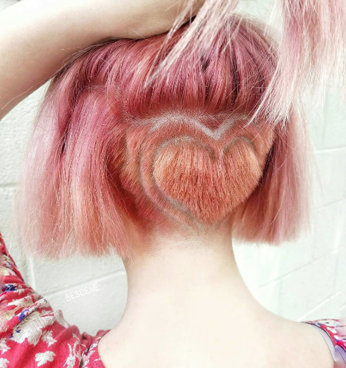 @bescene's heart-shaped nape design is everything.