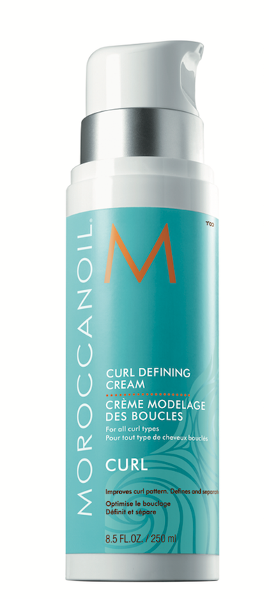 Moroccanoil  Curl Defining Cream  activates and defines z-pattern curls with hydrating argan oil.