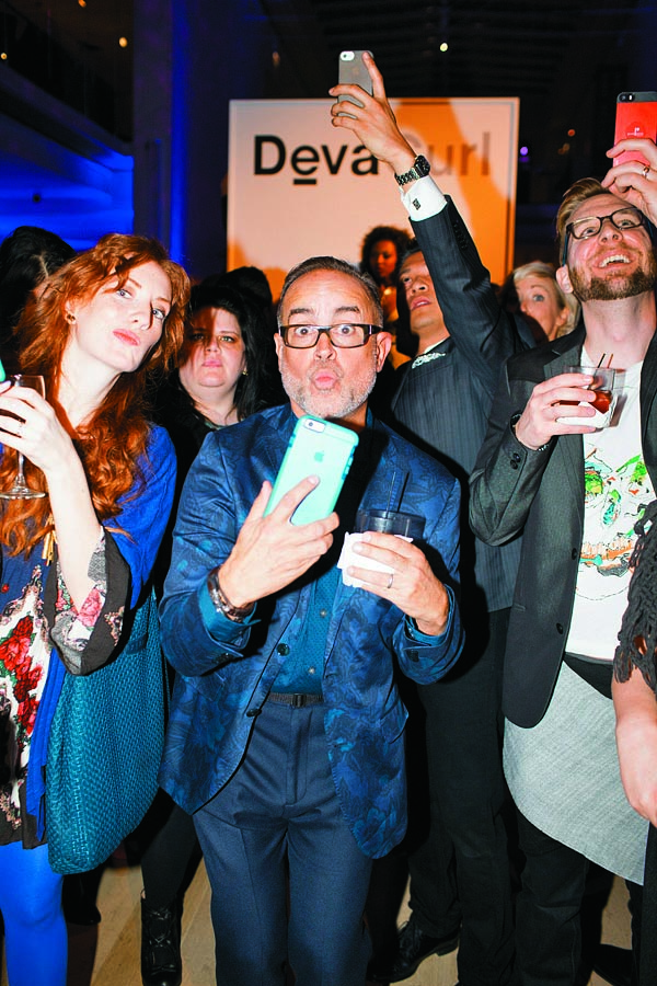 Aquage's Luis Alvarez hams it up