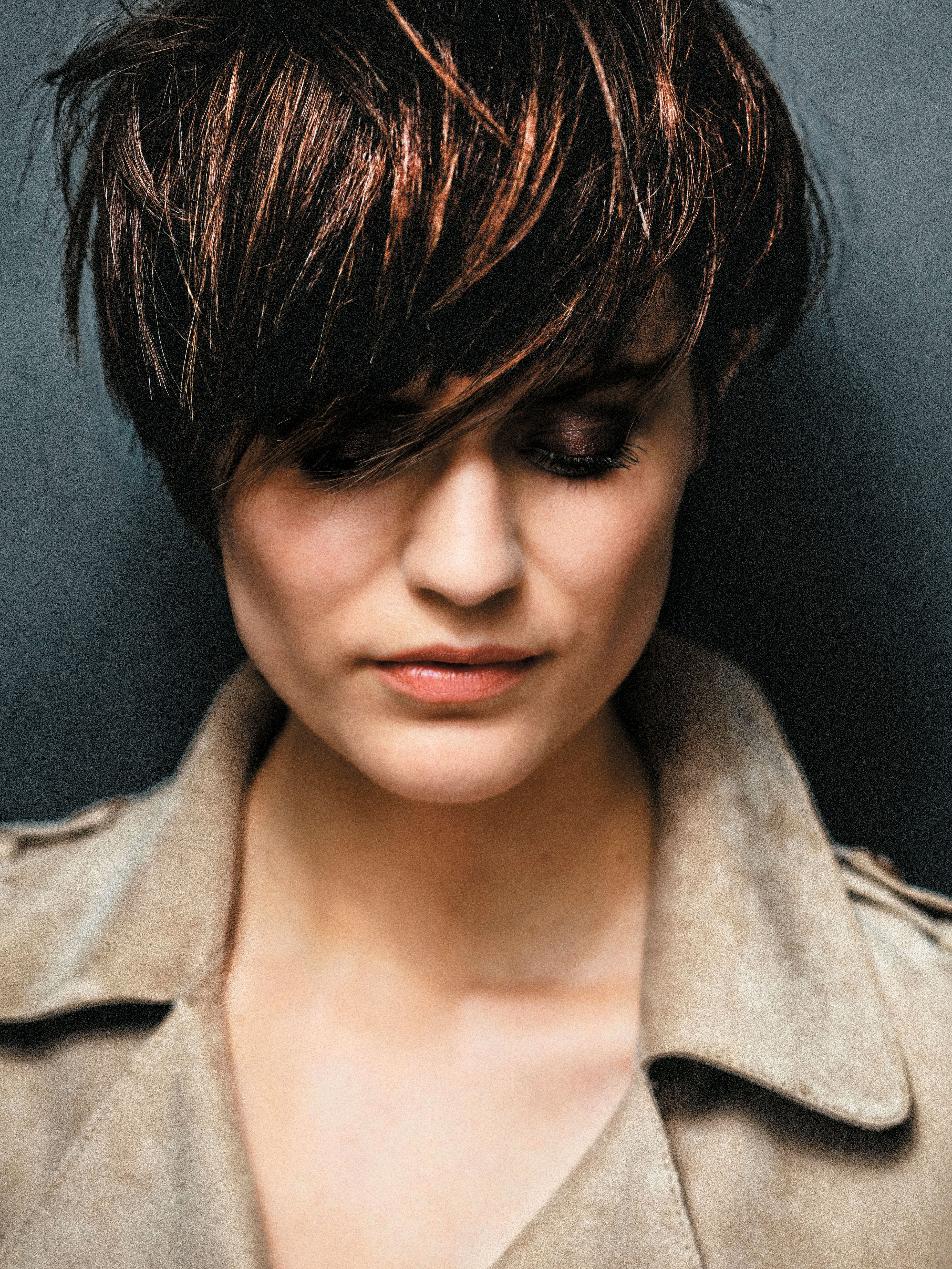 """A new interpretation of the timeless """"tomboy"""" style has thick bangs and rounded sides."""