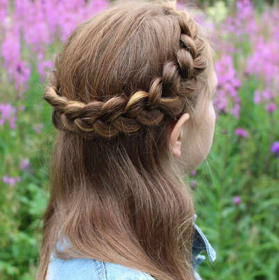 Dutch crown braid by @aurorabraids
