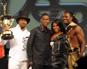 Co-champions James Gatson (far left) and Kevin Kirk (far right) flank special guests Chris Rock and Nia Long