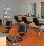 The close proximity of the styling stations helps create a social atmosphere