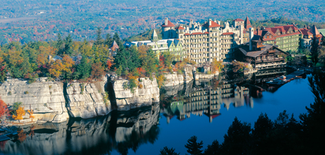 The sprawling facility, which features 233 guest rooms, overlooks Lake Mohonk