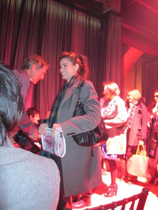 Actress Amanda Peet arriving at Jason Wu