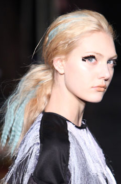 Jewel-toned hair at Fall 2010 Cynthia Rowley show
