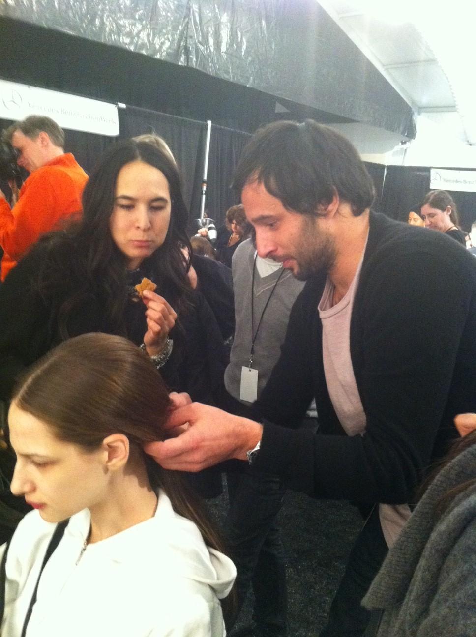 Diego Da Silva preps a model