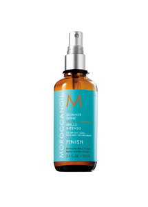 The light mist acts as an ultraconditioning veil of luminous shine. Bottling its signature ingredient, argan oil, and mixing it with a potent blend of antioxidants and vitamins—including vitamins A, E and F, Omega 6 and phenols— this product protects against UV damage, free radicals and brittle dryness.