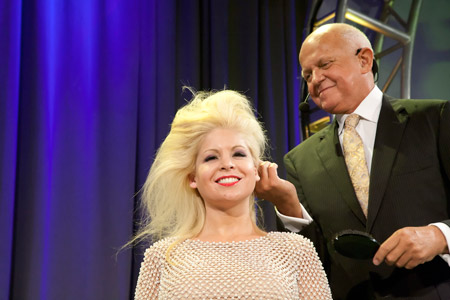 Wowing the crowd as usual, hairdresser extraordinaire Martin Parsons creates a stunning elegant look.
