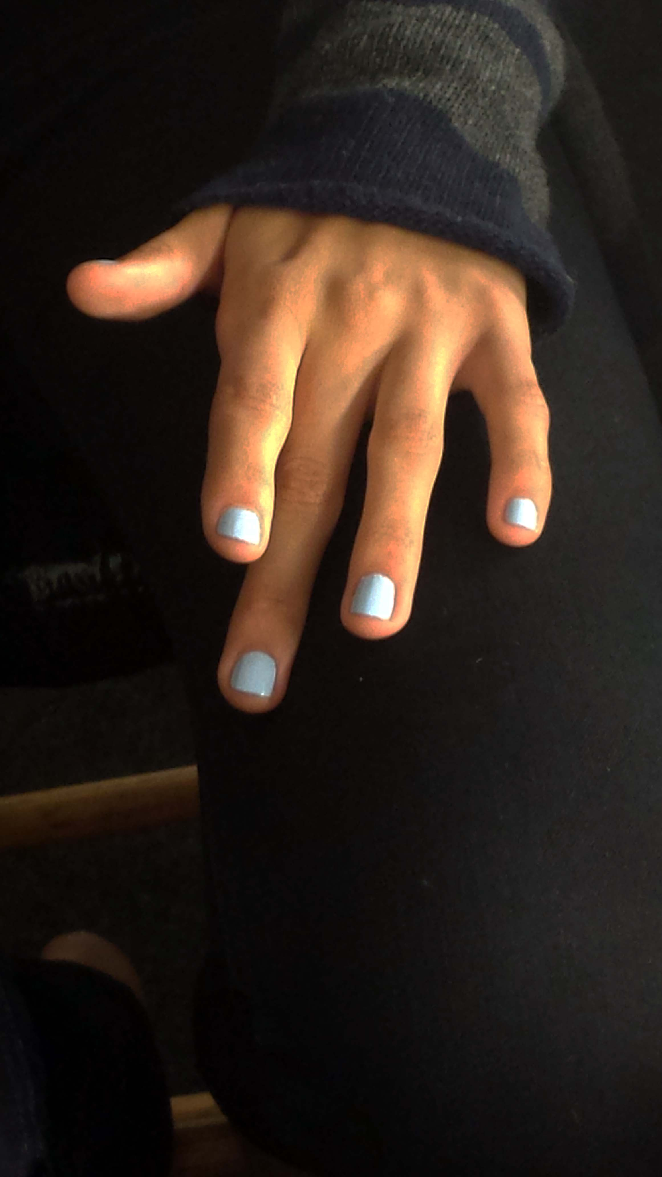 Deborah Lippmann used Blue Orchid and La Vie En Rose to create the nails.
