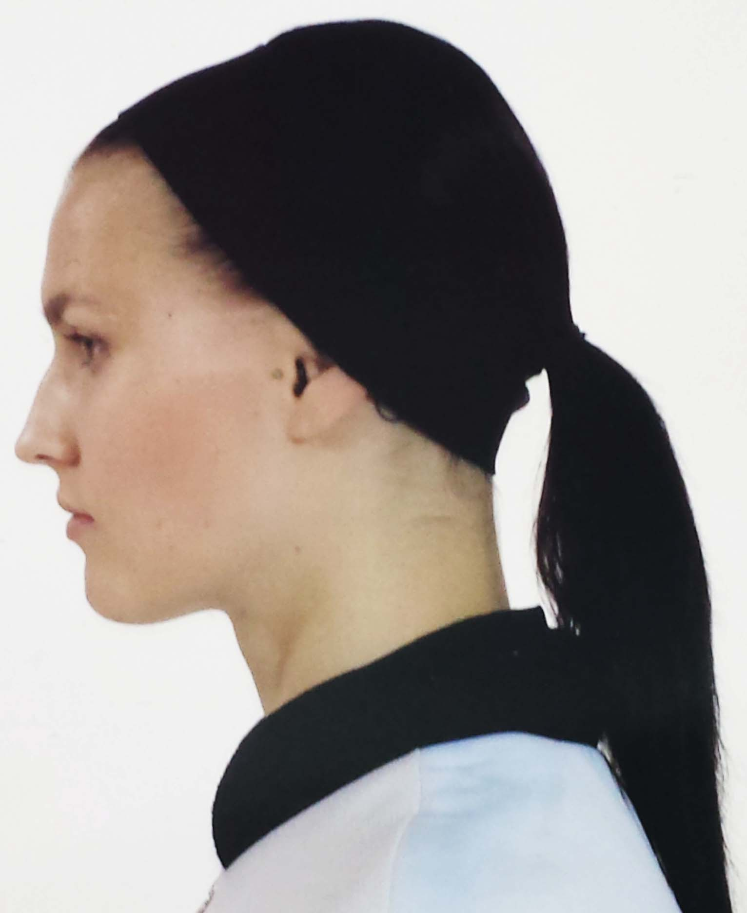 The finishing hair look was clean, modern and uniform for all models.