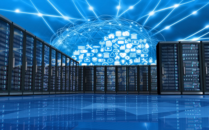 Cloud apps linking computer servers in a data center (source: iStock Photo)