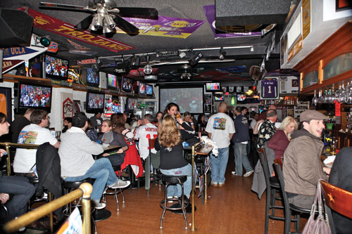 Leo's All Star Sports Bar