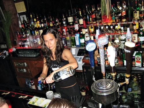 Katwalk bartender