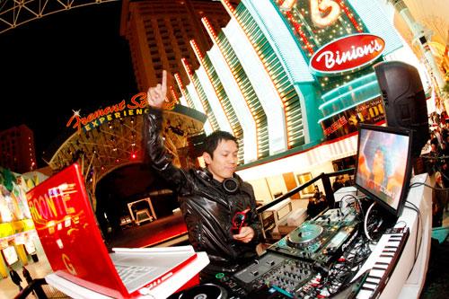 DJ Roonie G Fremont Street
