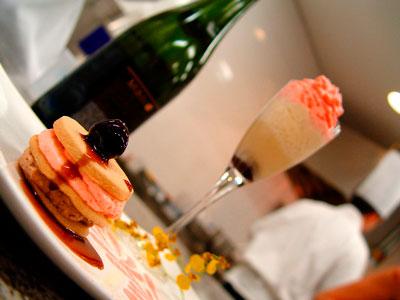 Champagne Romantic