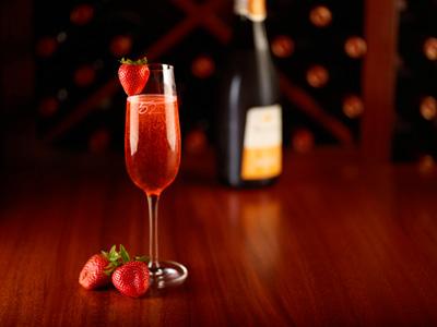 Strawberry kir
