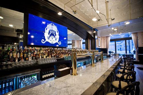 Pearl Tavern Chicago