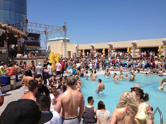 HQ Beach Club