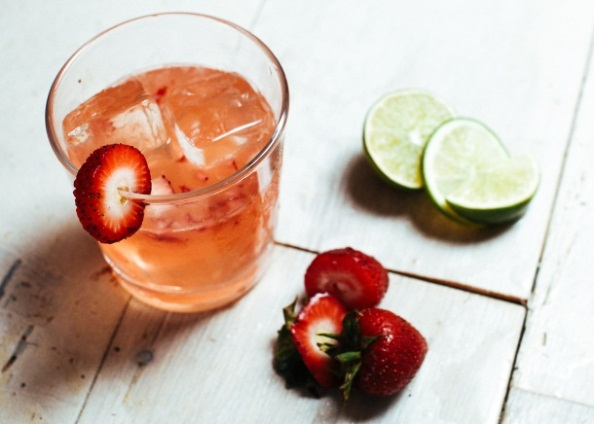 Rum Cocktail Recipe - Caliche Strawberry Daiquiri