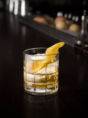 Drambuie Cupid's Bow cocktail recipe