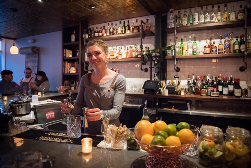 Hamlet & Ghost bartender - Hamlet & Ghost