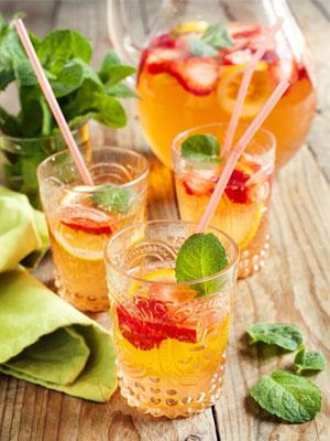 Sparkling Sangria - Essential Brunch Cocktails