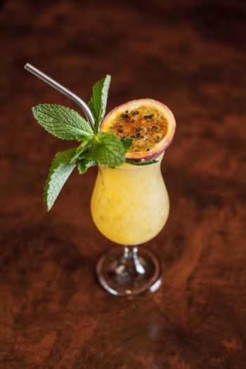 Coctel de Tamayo - National Scotch Day 2016 cocktail recipes