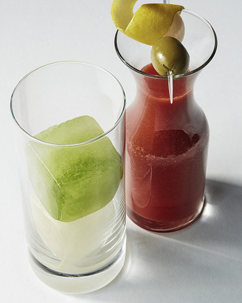 Bloody Mary ice cubes - Infused ice cubes