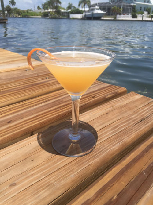 The Auburndale cocktail recipe - Special Edition Sports Bar Newsletter cocktails