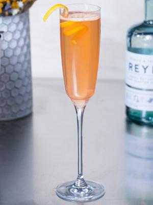Lightning on My Feet cocktail recipe - 2016 National Vodka Day