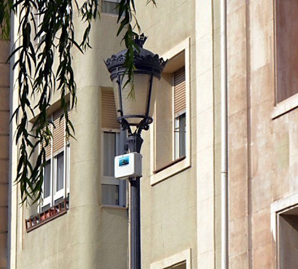 Figure 7. A SmartSantander box placed on a street light